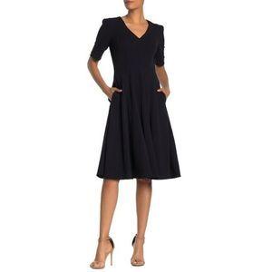 Donna Morgan Dress 4 V-Neck Stretch Crepe NWT
